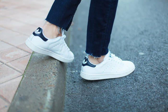 Adidas Stan Smith có màu trắng chủ đạo