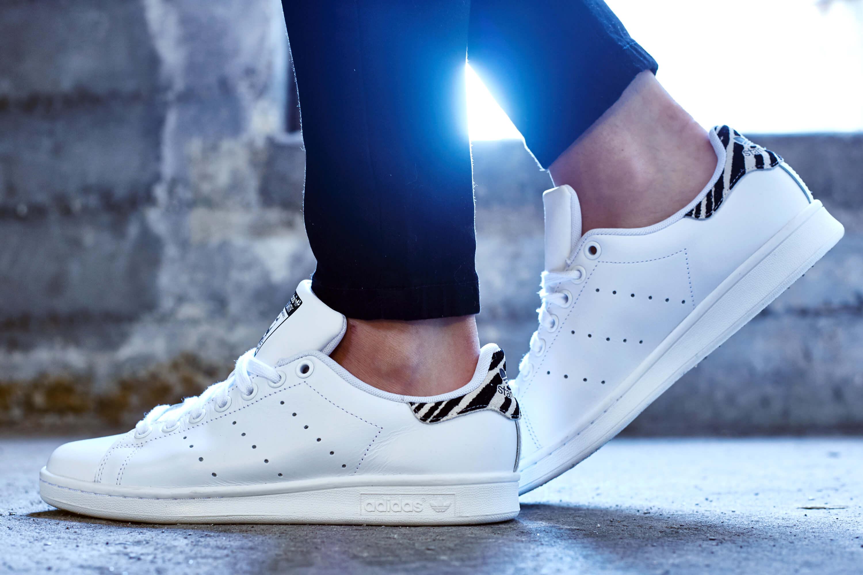 Giày Adidas Stan Smith giá bao nhiêu?