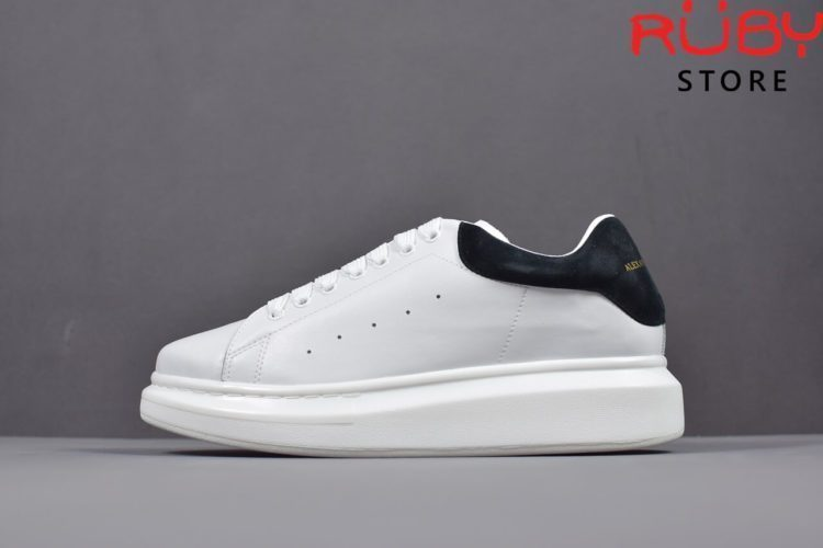 alexander-mcqueen-sneaker-white-black-replica-hcm (1)