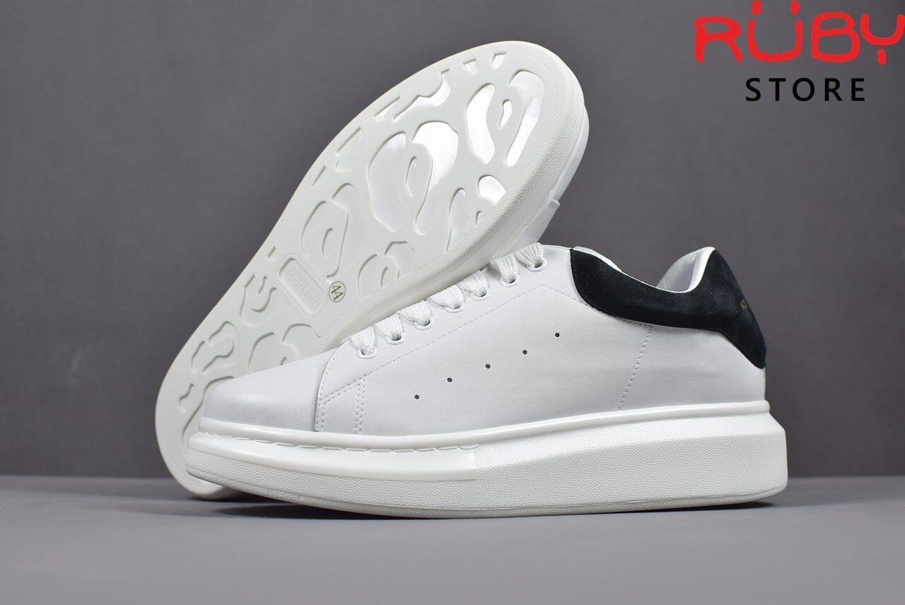 alexander-mcqueen-sneaker-white-black-replica-hcm (4)