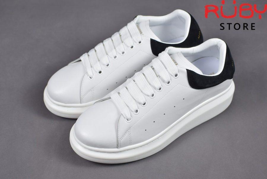 alexander-mcqueen-sneaker-white-black-replica-hcm (5)