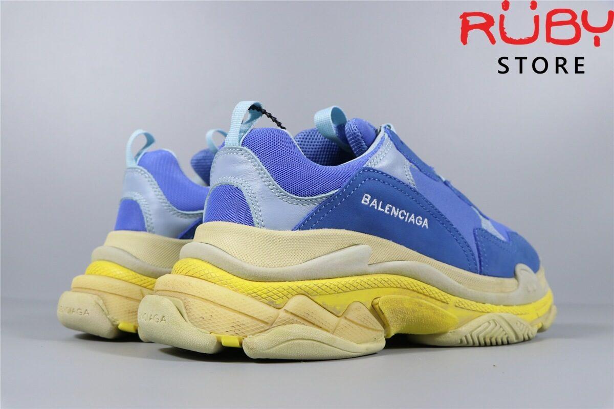 Góc chụp tổng thể đôi giày Balenciaga Triple S Xanh Dương