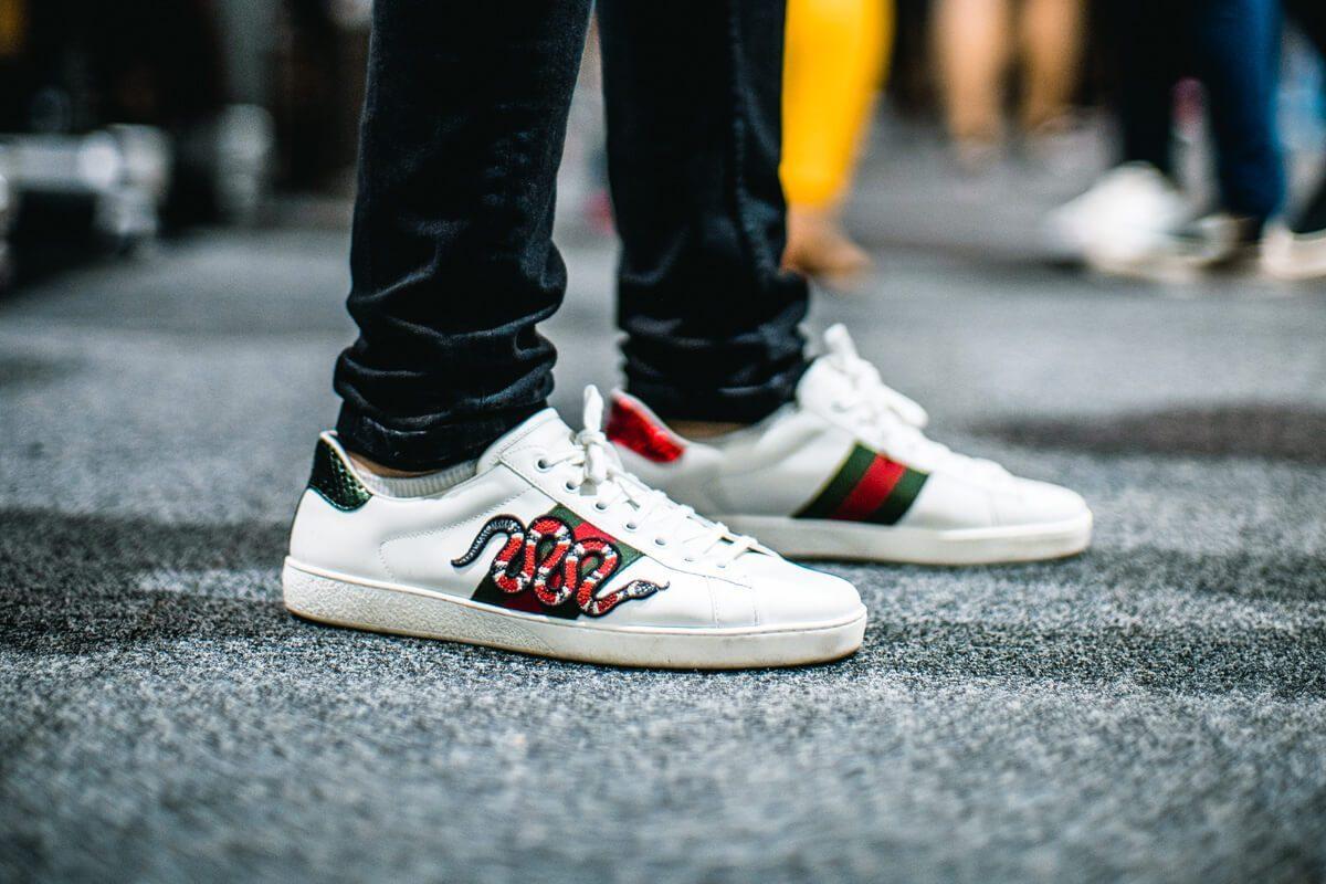 Giày Gucci nam on feet