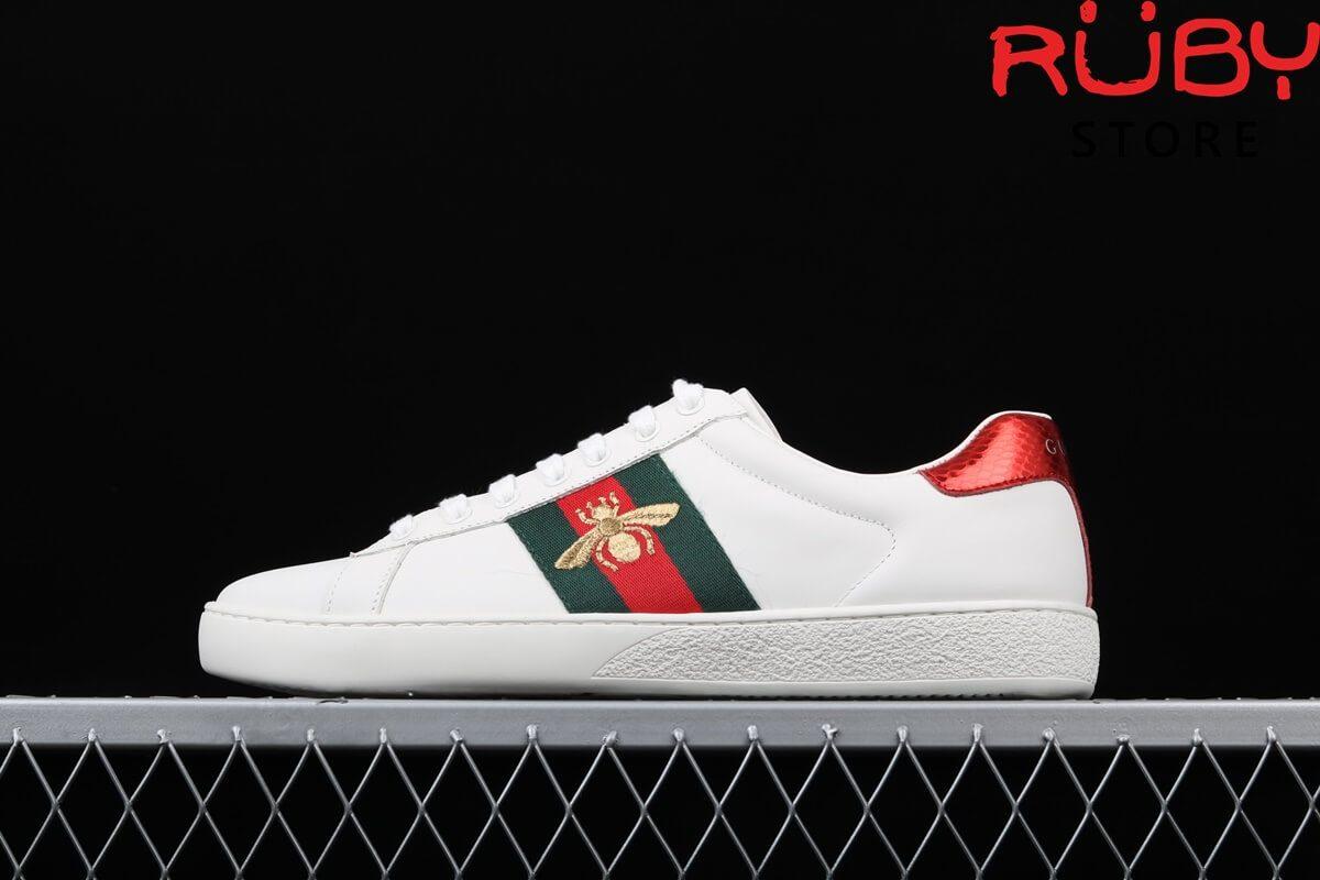 Giày Gucci ong giá bao nhiêu?