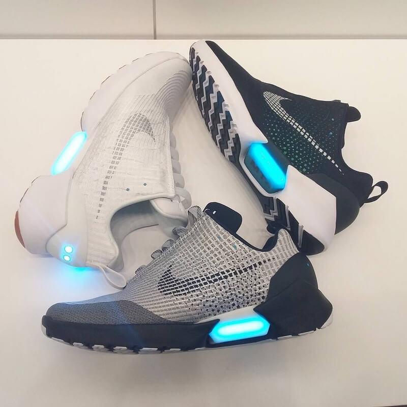 3 màu sắc đặc trưng của HyperAdapt 1.0 shoes