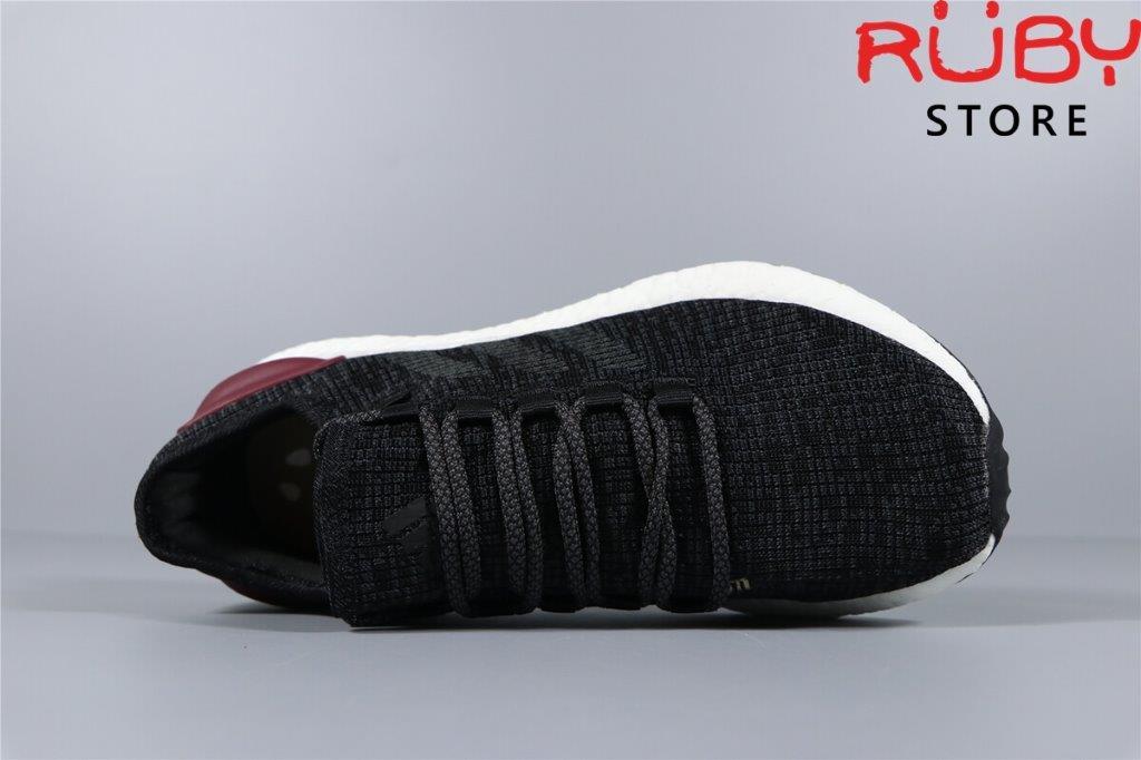 pure-boost-đen (3)