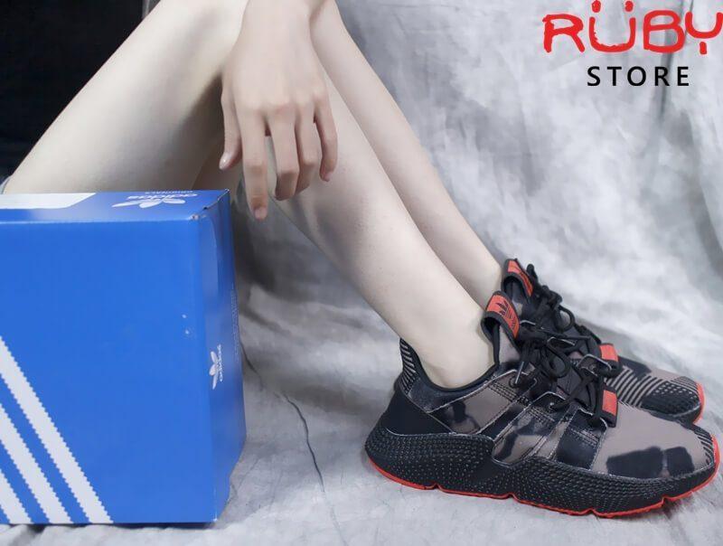 Đánh giá và phân tích đôi giày Adidas Prophere Fake tại Ruby Store
