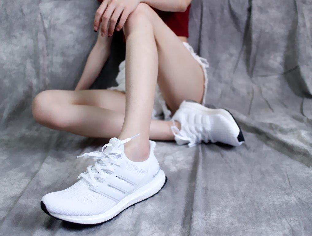 Giày đi học Adidas Ultra Boost - 800k