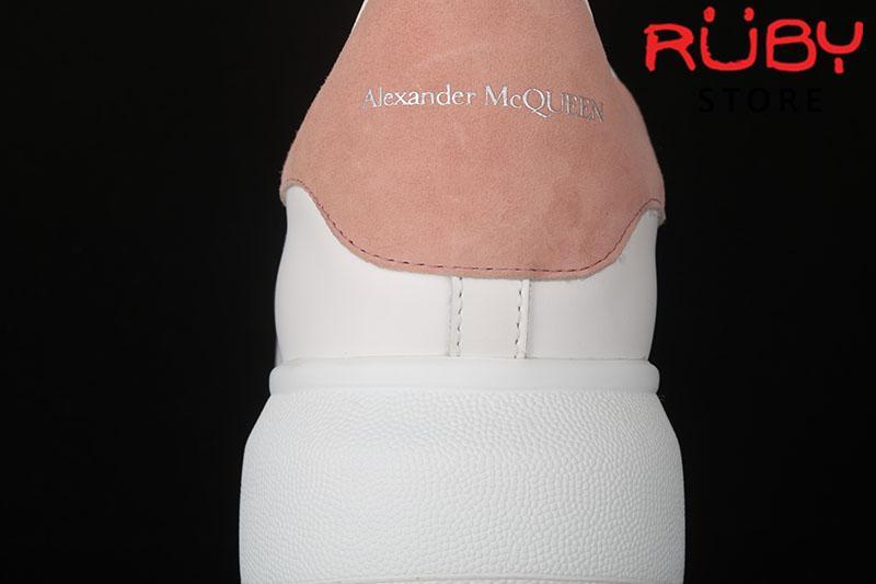 Giày Alexander McQueen gót hồng - gót 1 logo