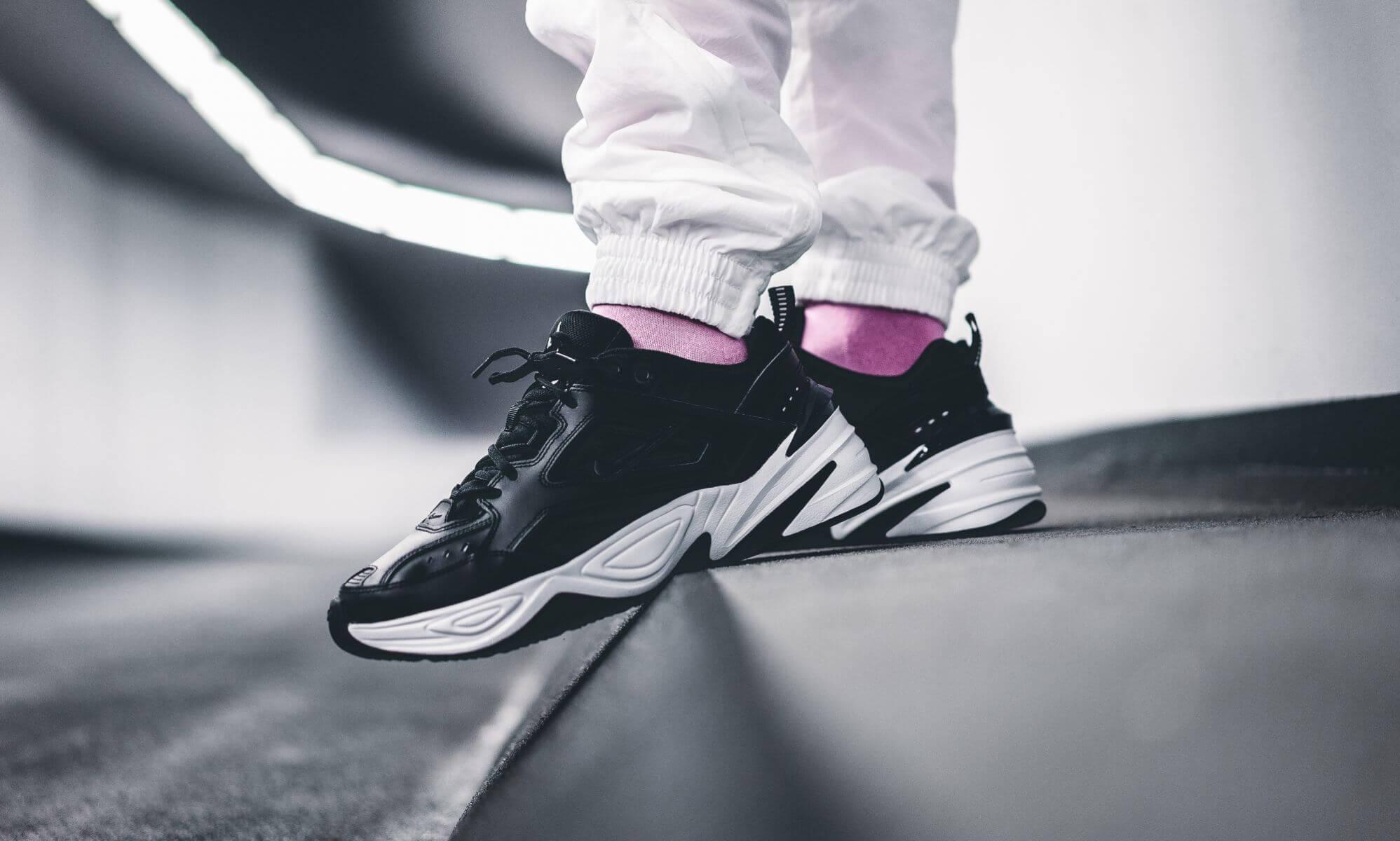 Giày Nike M2k Tekno đen on feet
