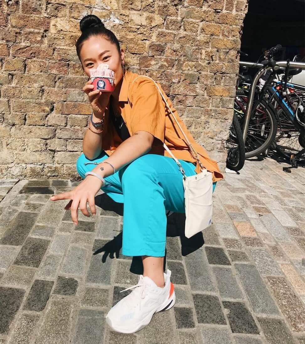 Giày Nike M2k Tekno Trắng Cam (White) on feet cho nữ