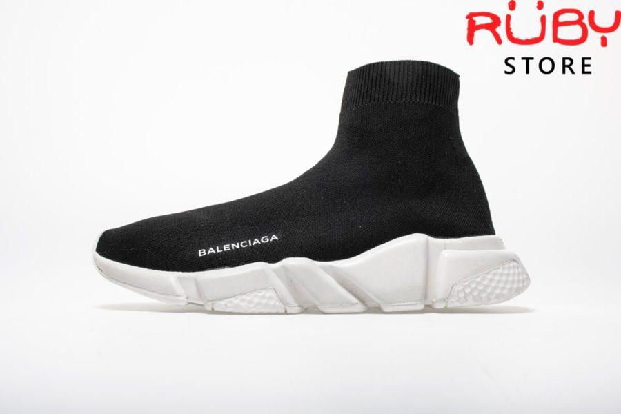 giay-balenciaga-speed-trainer-đen-trắng (2)
