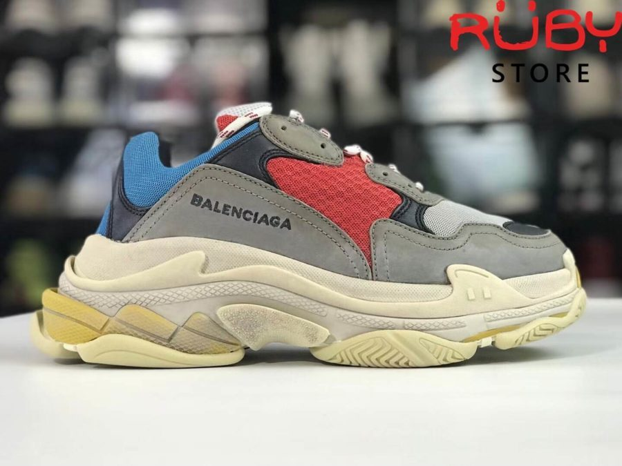 giày-balenciaga-triple-s-replica-11-best-like-authentic-99 (16)