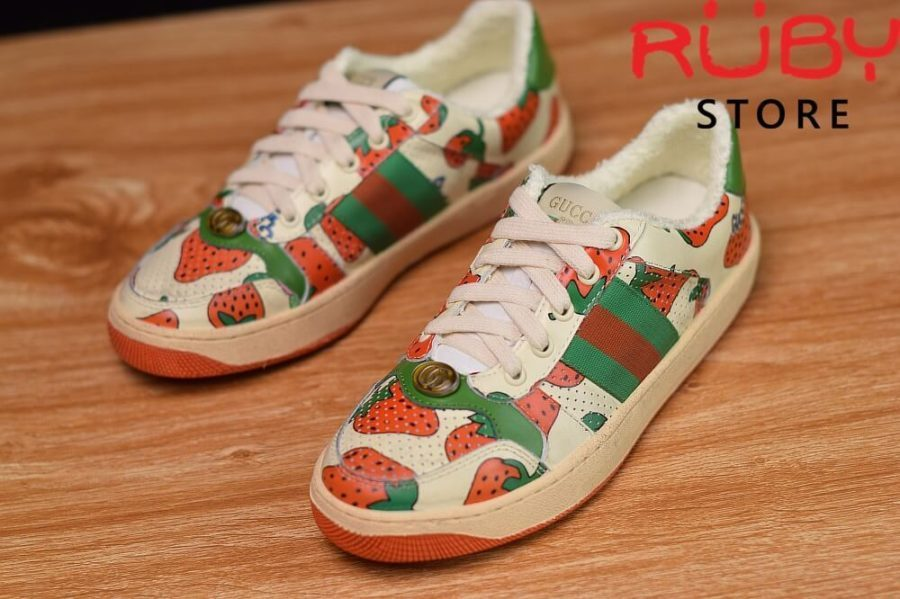 Giày-Gucci-Screener-Strawberry-Sneaker-Replica-1.1 ở hcm (2)