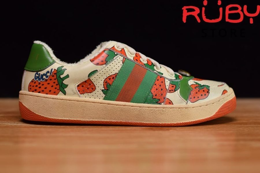Giày-Gucci-Screener-Strawberry-Sneaker-Replica-1.1 ở hcm (4)