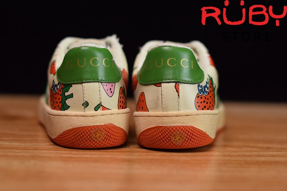 Giày-Gucci-Screener-Strawberry-Sneaker-Replica-1.1 ở hcm (6)