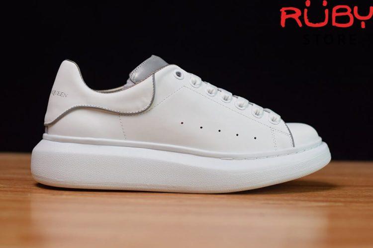 giày-alexandermcqueen-trắng-xám-phản-quang-replica-11-ở-hcm (1)