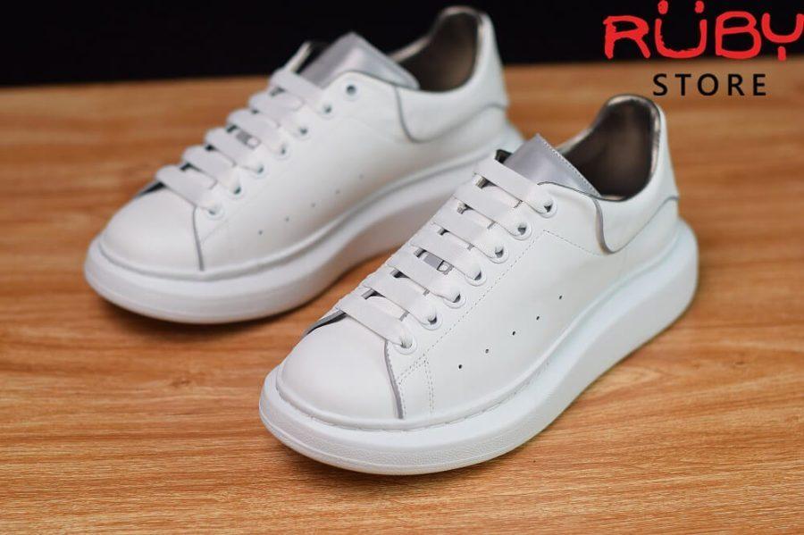 giày-alexandermcqueen-trắng-xám-phản-quang-replica-11-ở-hcm (3)