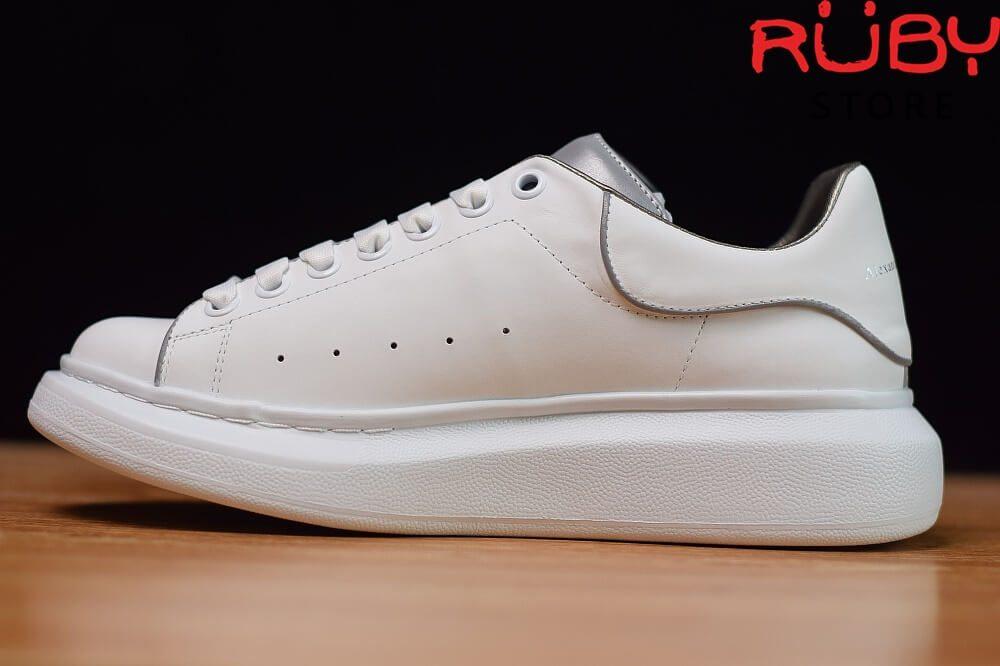 giày-alexandermcqueen-trắng-xám-phản-quang-replica-11-ở-hcm (6)