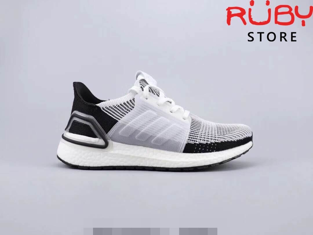 new product 2409f 5dd36 Giày Adidas Ultraboost 5.0 Trắng Đen (2019)