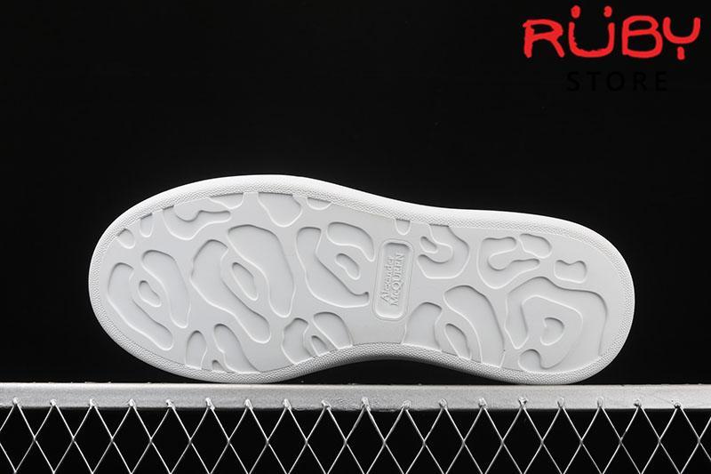 Giày Alexander McQueen phản quang - đế