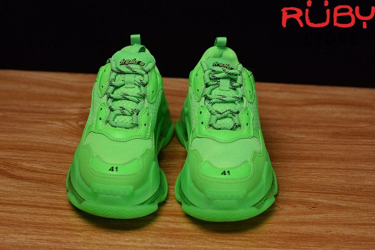 Phần mũi giày Balenciaga Triple S xanh lá cao cấp