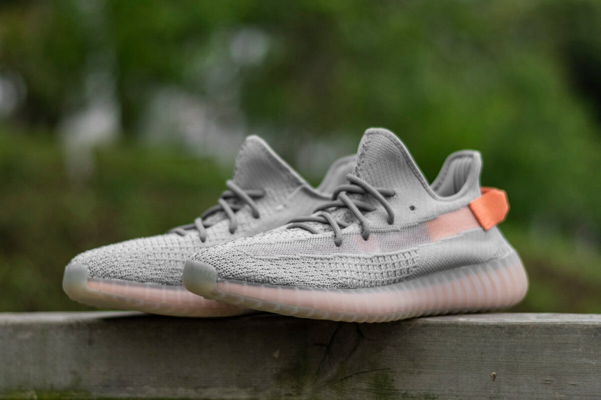 yeezy-350v2-true-form-hyperspace-clay (6)