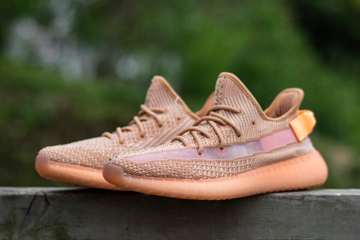 yeezy-350v2-true-form-hyperspace-clay (7)