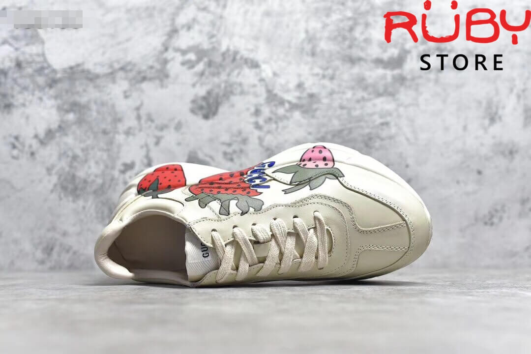 Giày-Gucci-Rhyton-Sneaker-With-Gucci-Strawberry-Replica-11 (3)