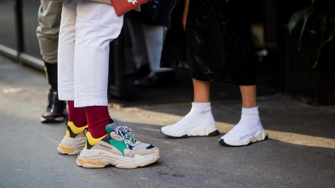 Phong cách retro hoặc vintage với giày Balenciaga Triple S