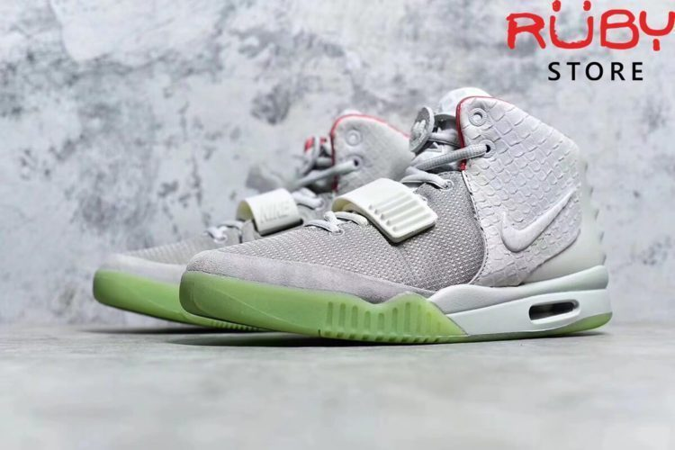 giày nike air yeezy 2 nrg platinum sample pk god