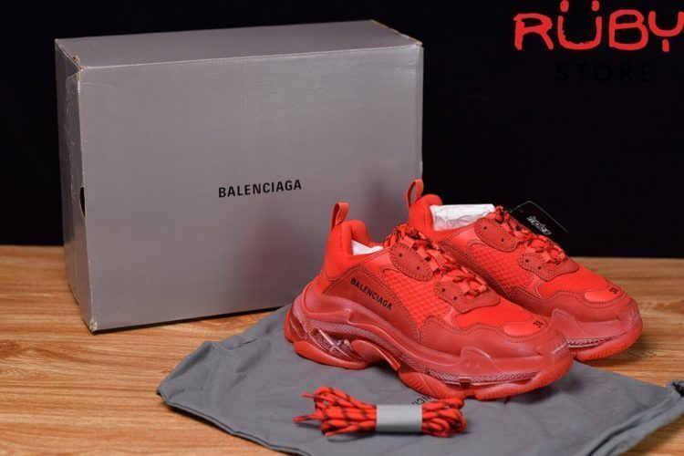 giày balenciaga triple s clear sole đỏ like Real 99,9%