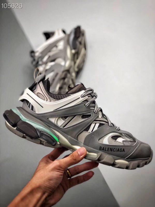 Giày Balenciaga Track Led Trainers màu xám replica