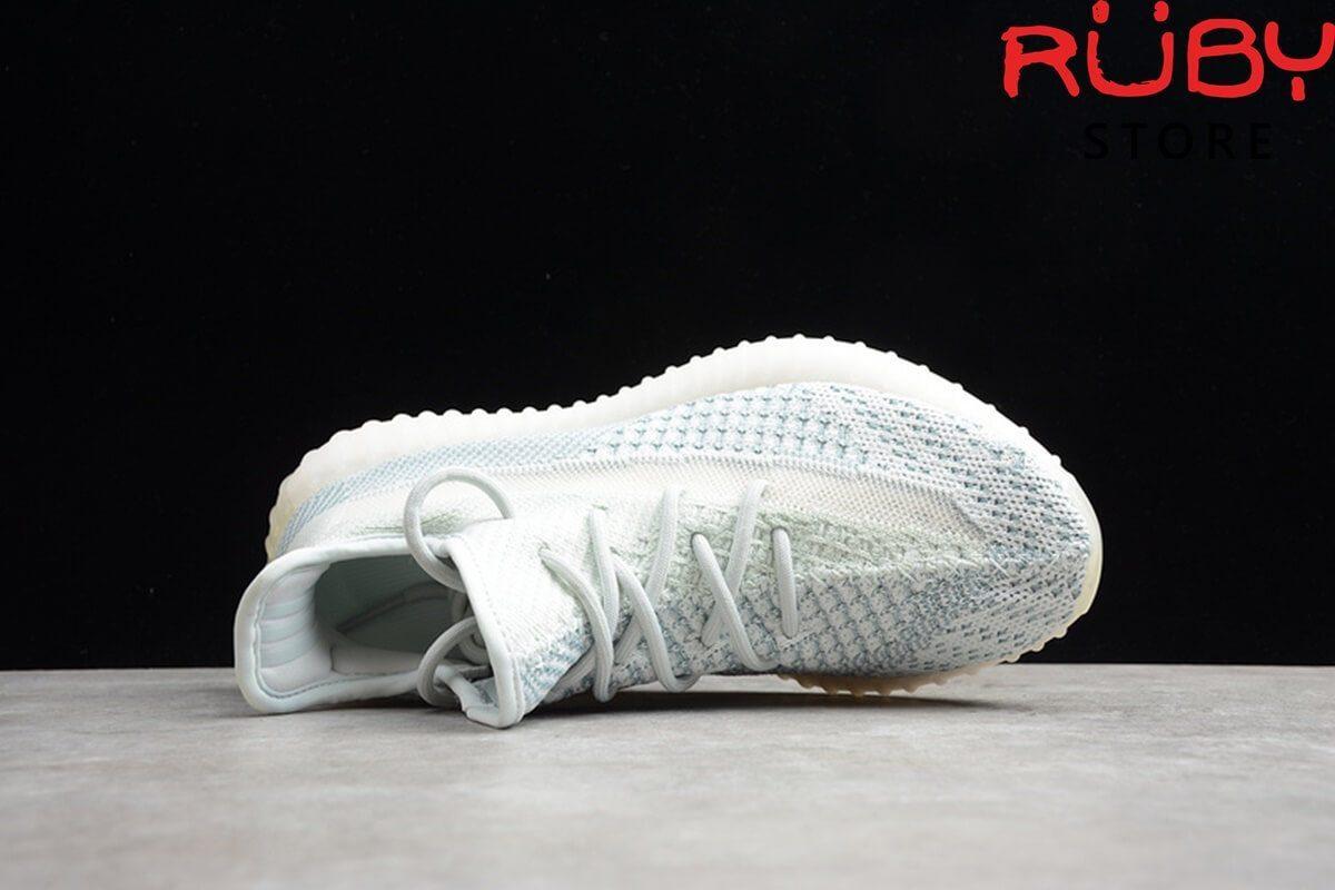 giày yeezy 350 v2 cloud white replica 1:1