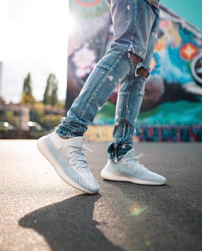 Giày Yeezy 350V2 Cloud White replica siêu đẹp, giá tốt | Ruby Store