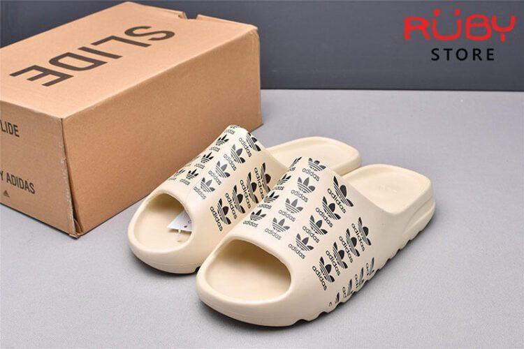 Dép Yeezy Slides in logo Adidas