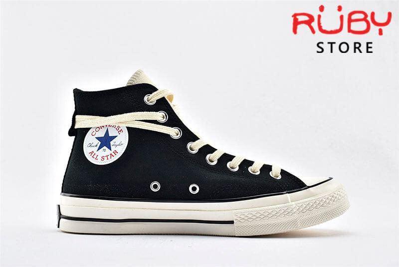 giày Converse x Fear of God Essentials màu đen góc nhìn bên phải