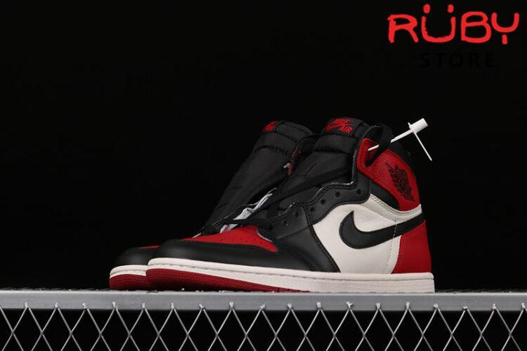 Giày Jordan 1 Retro High Bred Toe Đen Đỏ