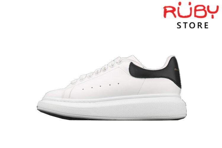 Giày Alexander Mcqueen gót đen bóng Replica 1:1 giá rẻ TP HCM