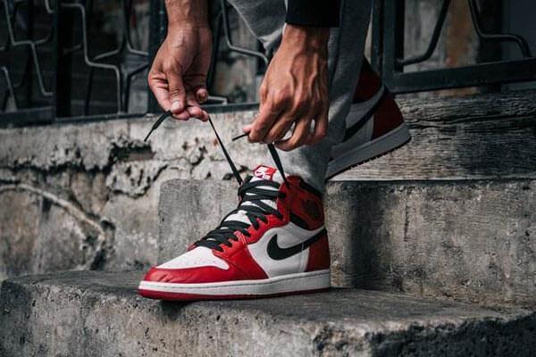 Giày cao cổ Air Jordan 1