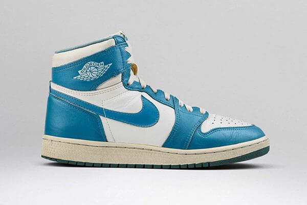 Giày Nike Air Jordan 1 High 'UNC' (1985)
