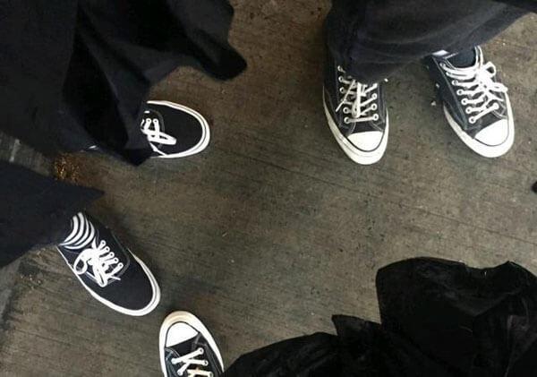 Trải nghiệm giày Vans và Converse sau 1 tháng, đôi nào tốt hơn?
