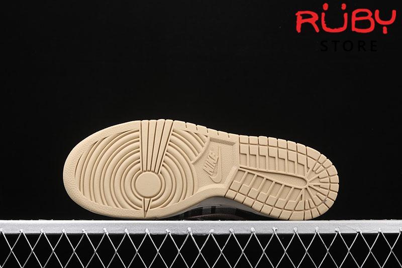 Giày Nike SB Dunk Low Travis Scott